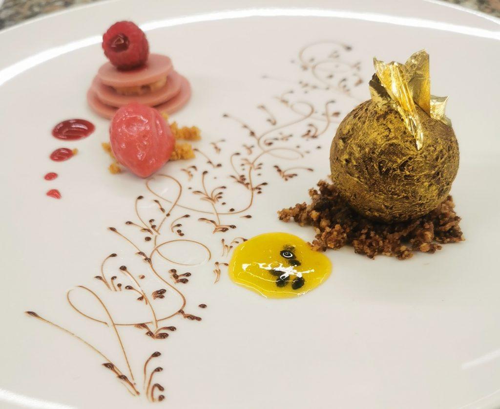 Dessert: Kumbao-Schokolade mit Himbeere und Passionsfruchtvariation