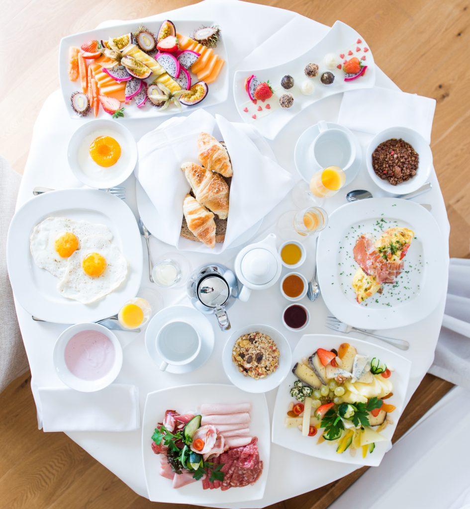 Frühstück im Zimmer - adults only im Liebeshotel