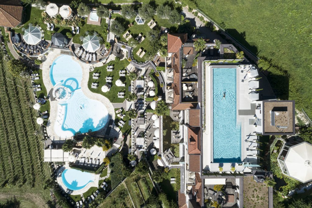 Sommerurlaub  in Suedtirol am Pool