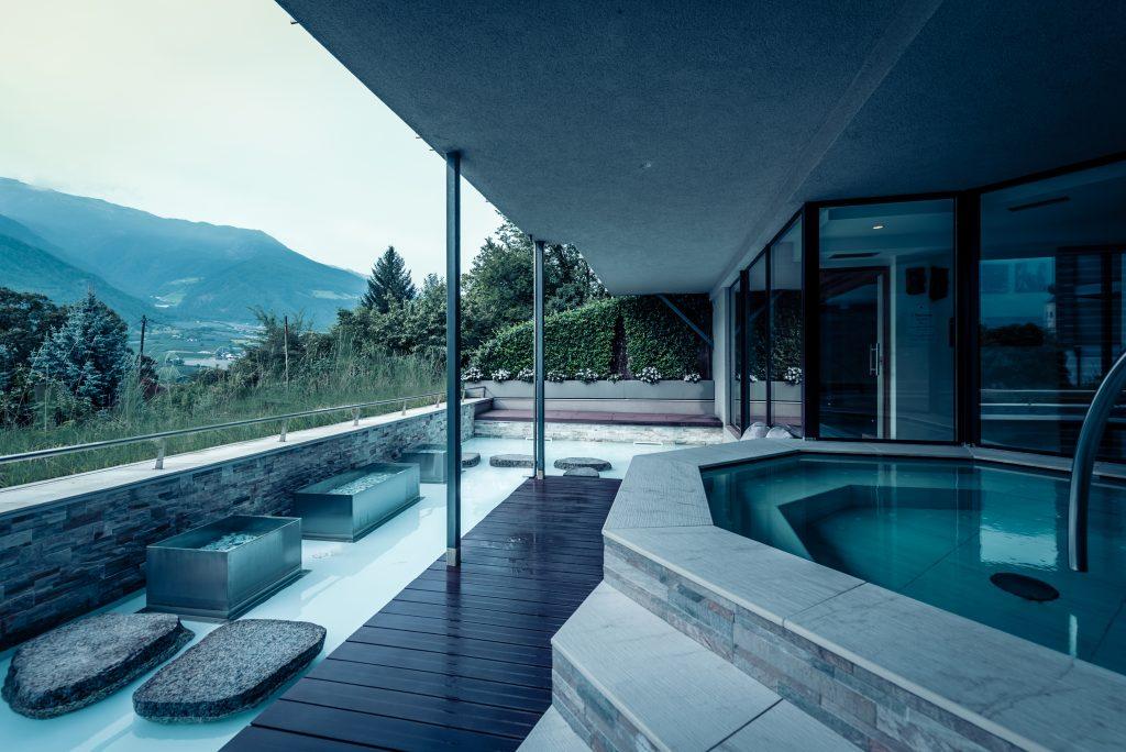 Kneippen im Wellnessurlaub in Südtirol